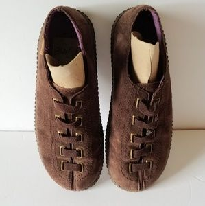 Suede Blowfish Shoes Casual Shoes Redbar Flats EUC